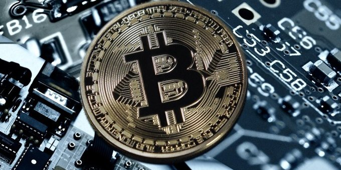 james packer bitcoin profit